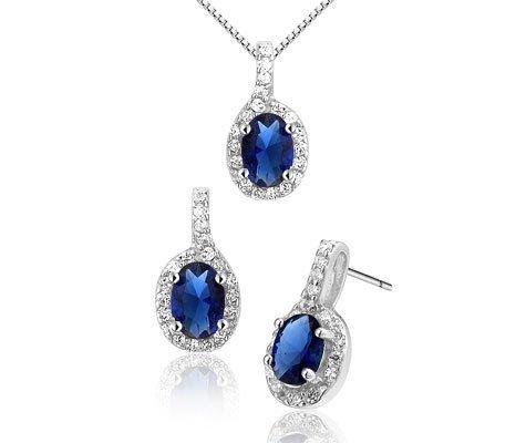 Nandina, zilveren set van oorbellen en ketting - Montebello juwelen-0
